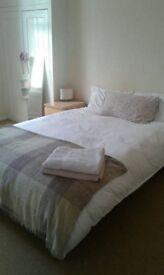 Huge double room in Little Venice