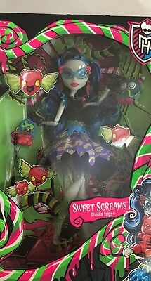 Sweet Screams Ghoulia Yelps Doll Monster High Lot Of 6