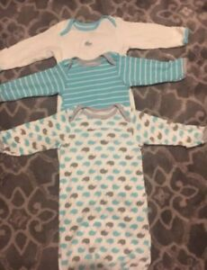 Brand new 3 pack of baby night gowns