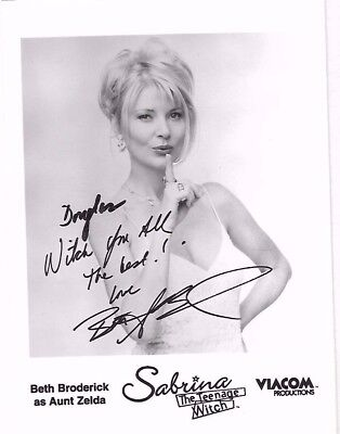 BETH BRODERICK Autographed Signed B&W Photo 5X7 - SABRINA THE TEENAGE WITCH