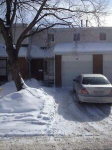 Newly Renovated 3 bedroom Townhouse!