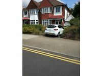 Stunning Large Studio available for immediate move - 800 / MONTH – NORTH HARROW