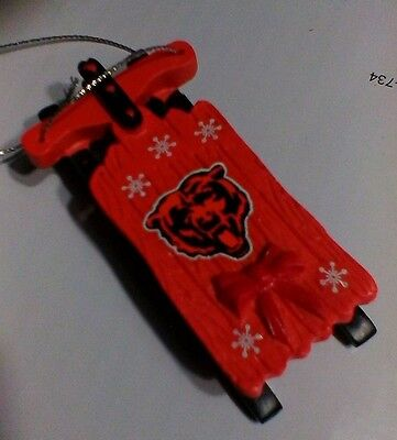 (CHICAGO BEARS SLED Wood Sleigh NFL Football Figure REAR VIEW MIRROR Ornament NEW)