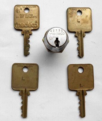1 Medeco Cam Lock  With 4 Same Keys  High Security Slot Vending Machine..