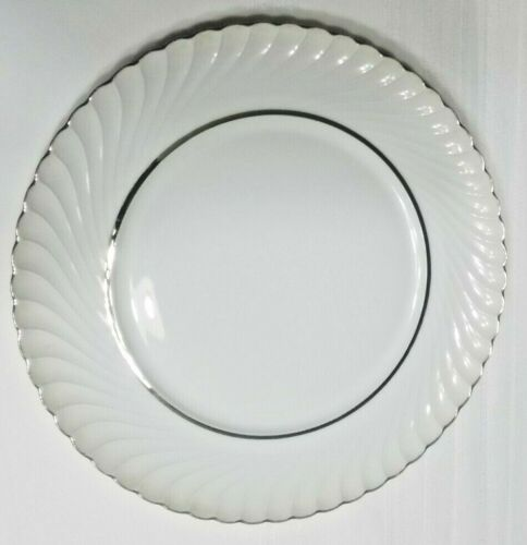 "Royal Tettau ""Platina"" Pattern Dinner Plate"
