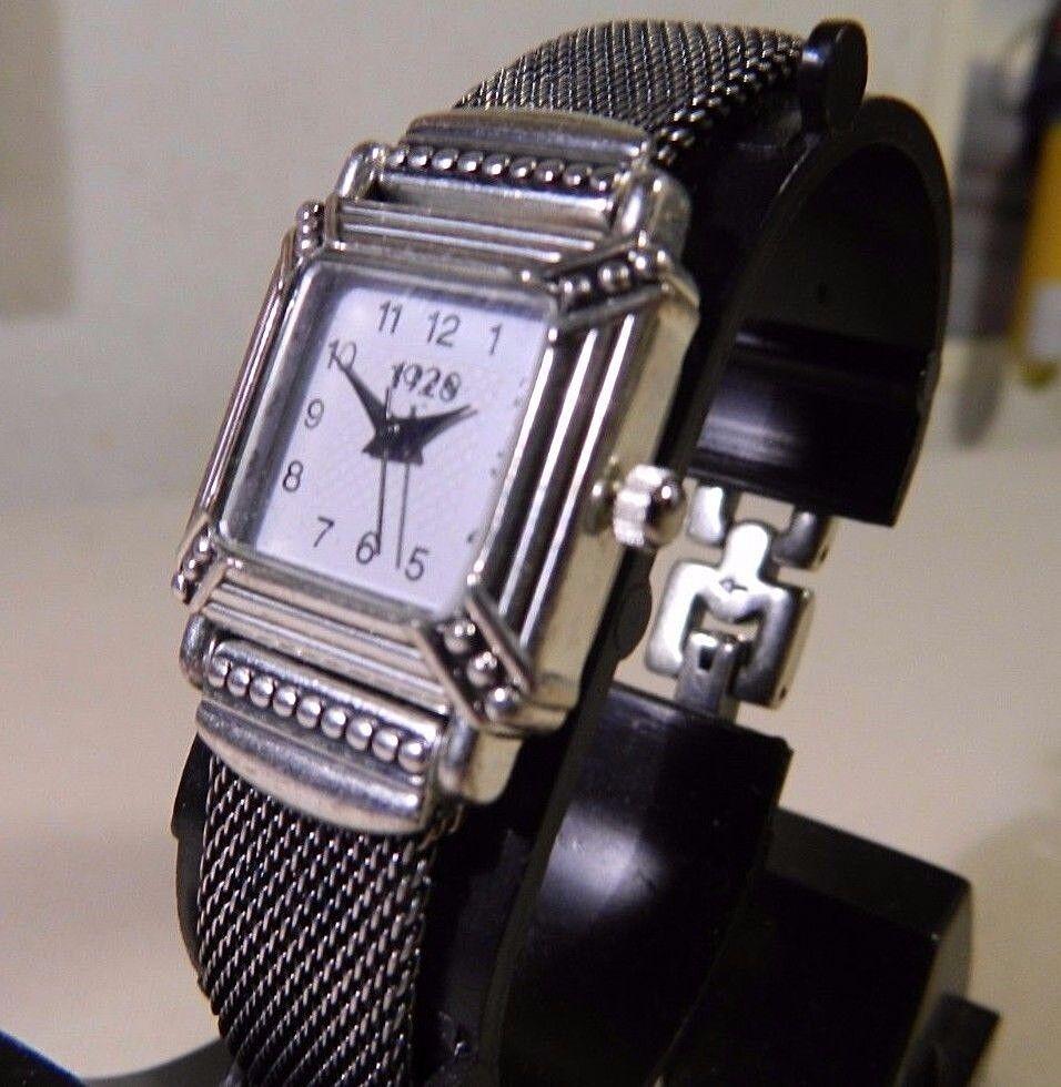 Detalles acerca de Totalmente nuevo para mujeres de Plata Reloj De 1928 De  Malla milanesa. precio Más Bajo! 2 Año De Garantía- mostrar título original 82ac9893ecbd9