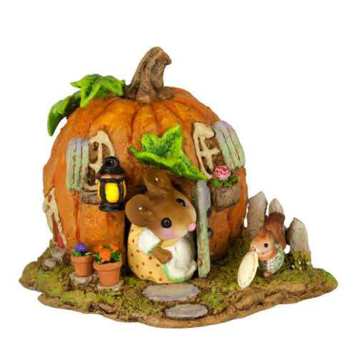Wee Forest Folk WEE PUMPKIN BUNGALOW, WFF# M-619, Halloween Fall Mouse