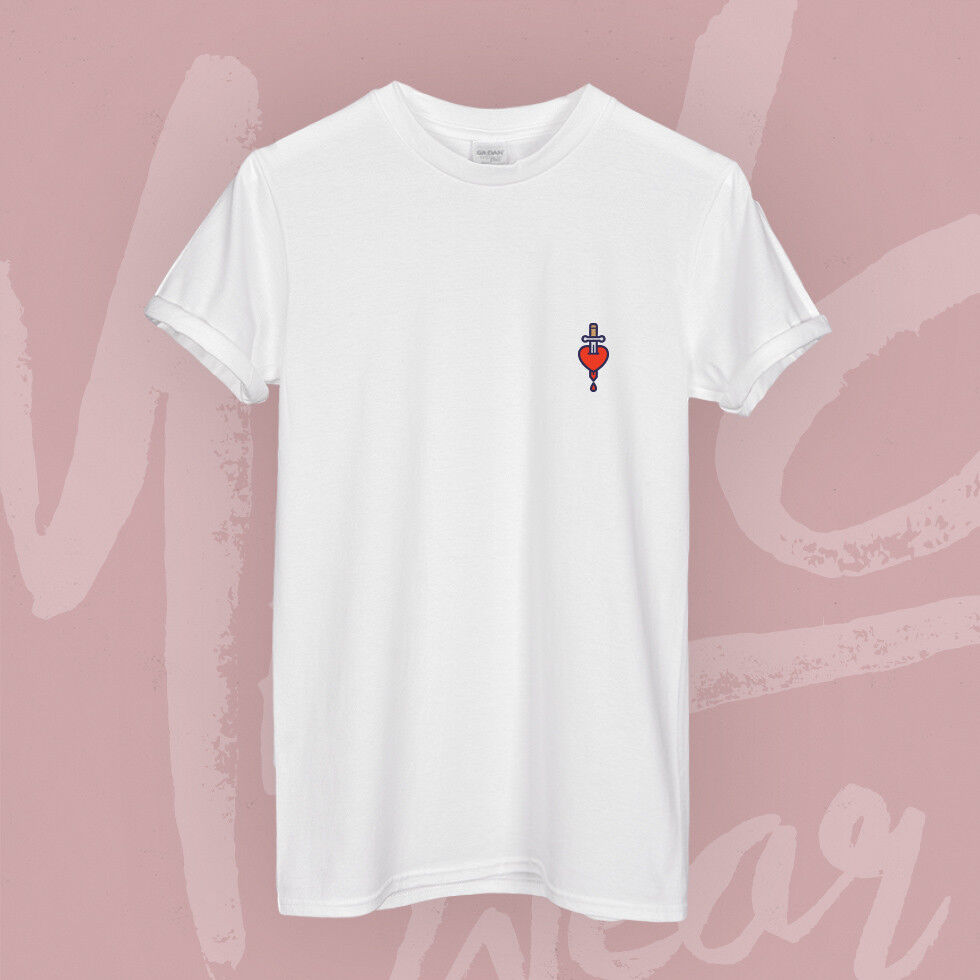 Galaxy Eye Outline Black Tattoo Hipster Cute Petit Pocket Print T-shirt Soft