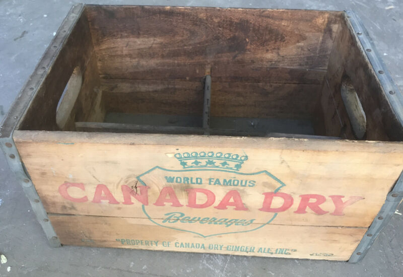 VINTAGE CANADA DRY ADVERTISING WOODEN CRATE BOX STURDY METAL STRAPS