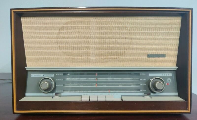 Ultra Rare Saba 80 US Radio Made In Germany