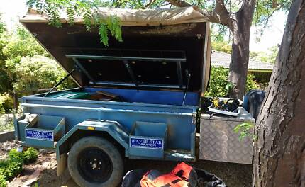 Price reduce - Fantastic camper trailer + many free camping gears