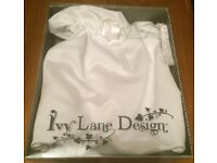 Beverly Clark Ivy Lane Design The Calla Lily Wedding Collection Money Bags x2