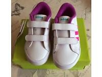 Girls Adidas Neo Trainers Size 5K Brand New