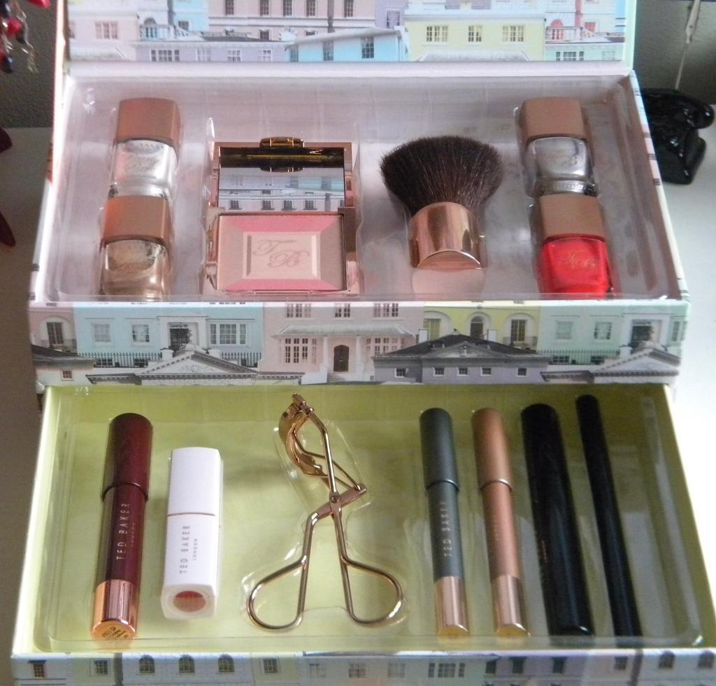 Ted Baker brand new never been used make up set - the girl with the beautiful face
