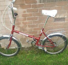 Vintage folding bike . 3 speeds . In fully working order.