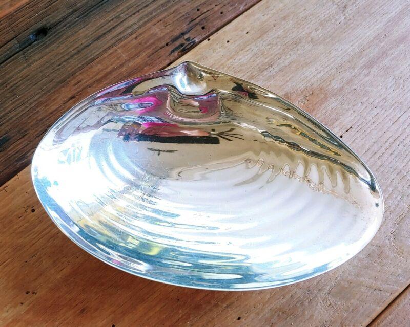 ISRAEL FREEMAN & SON IFS Silverplated England Shell Tray Dish Card Holder Bowl