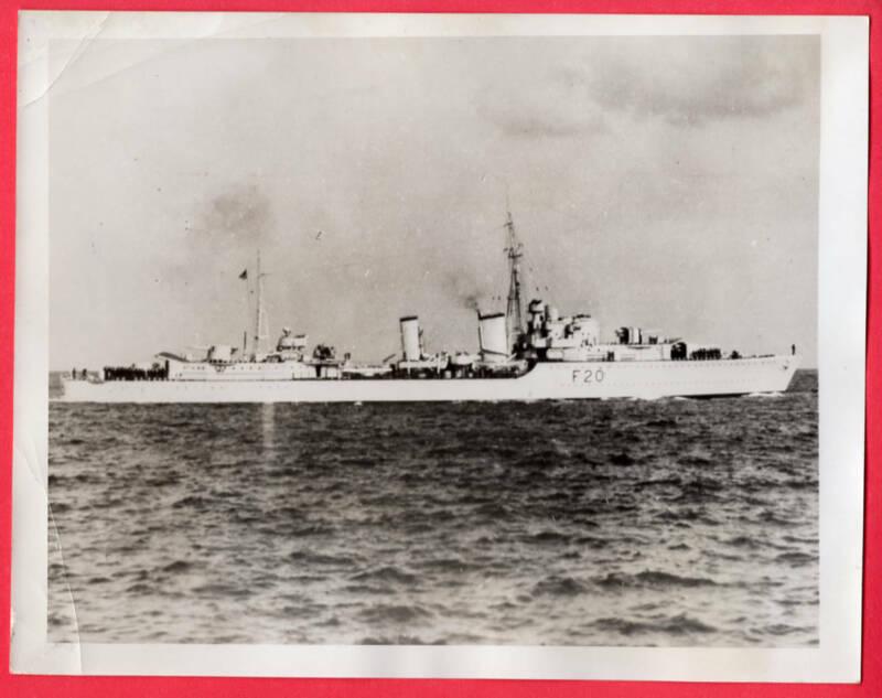1940 Destroyer F20 HMS Gurkha Sunk by Enemy Aircraft 7x9 Original News Photo