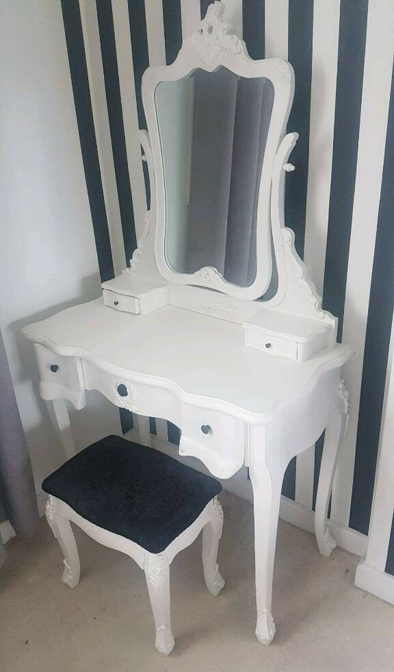White And Black Antique Style Dresser Mirror Stool