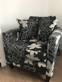 Feature chair (sofa)