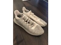 MENS ADIDAS TUBULAR TRAINERS SIZE 9