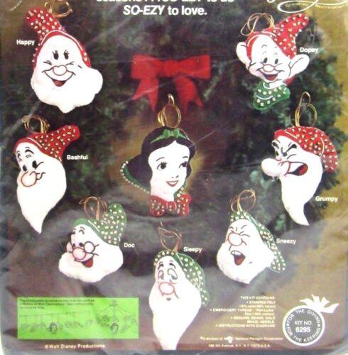 Snow White and Seven Dwarfs Disney Paragon Christmas Felt Ornament Kit #6295
