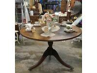 Antique tilt table seats 2-4