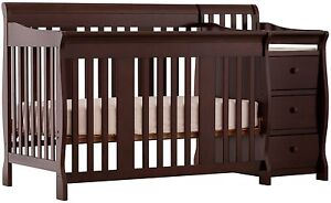 4 in 1 convertible crib with change table(new price)