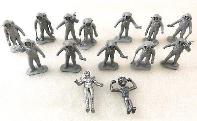 Toy Astronaut Figures (Vintage Lot of Astronaut Toy Men & Alien)