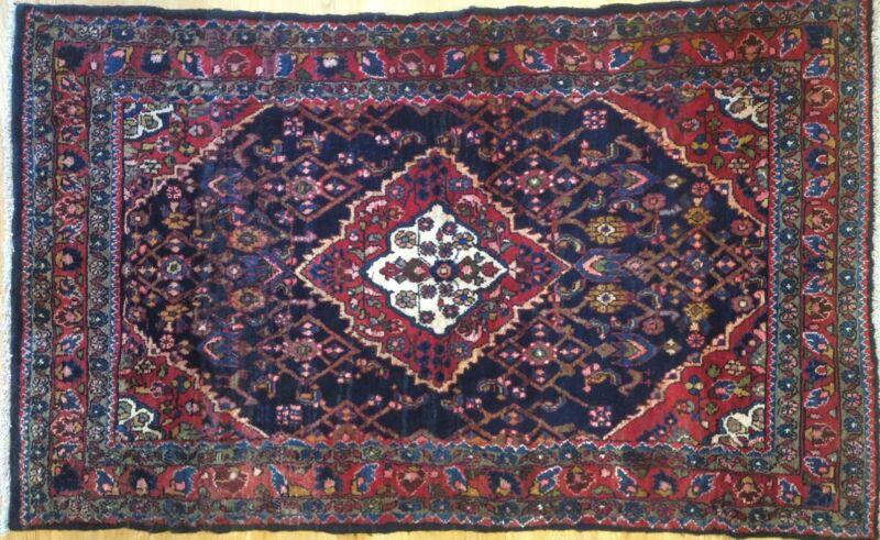 Terrific Tribal - 1960s Vintage Oriental Rug - Nomadic Carpet - 3.7 X 5.11 Ft.