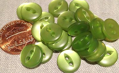 """24 Small Pearlized Cat Eye Green Plastic Sew-through Buttons 7/16"""" 11mm # 7751"""