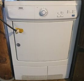 ZANNUSSI 7KG CONDENCER TUMBLE DRYER IN GOOD WORKING ORDER