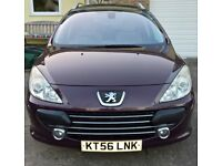 Peugeot 307 SW HDi Diesel Estate with Tow Bar. Very economical car. Low Mileage