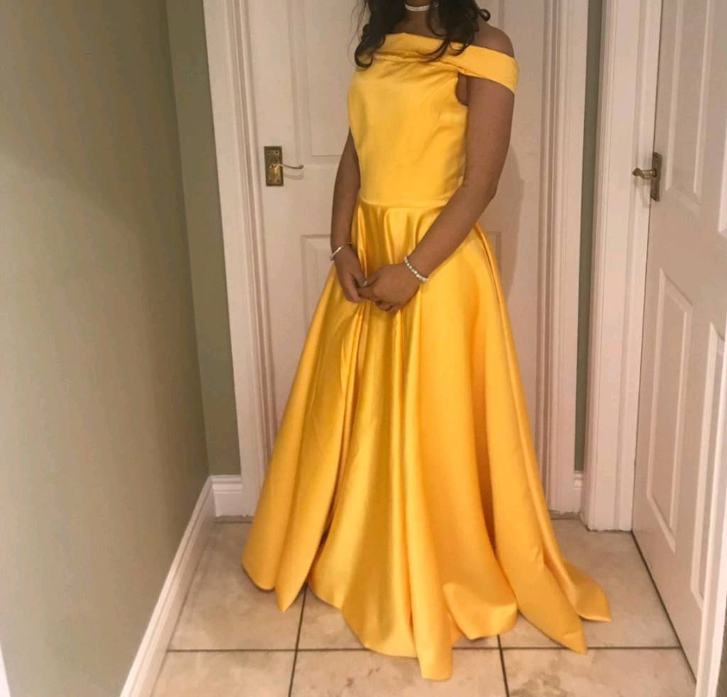 c70ab8f82280 STUNNING Gold / Yellow formal prom dress size 8 | in Coleraine ...