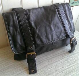 Ted Baker Black Leather shoulder bag/Satchel