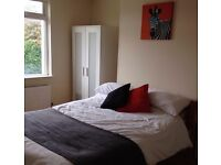 Large modern double room to rent, Beeston £420pcm