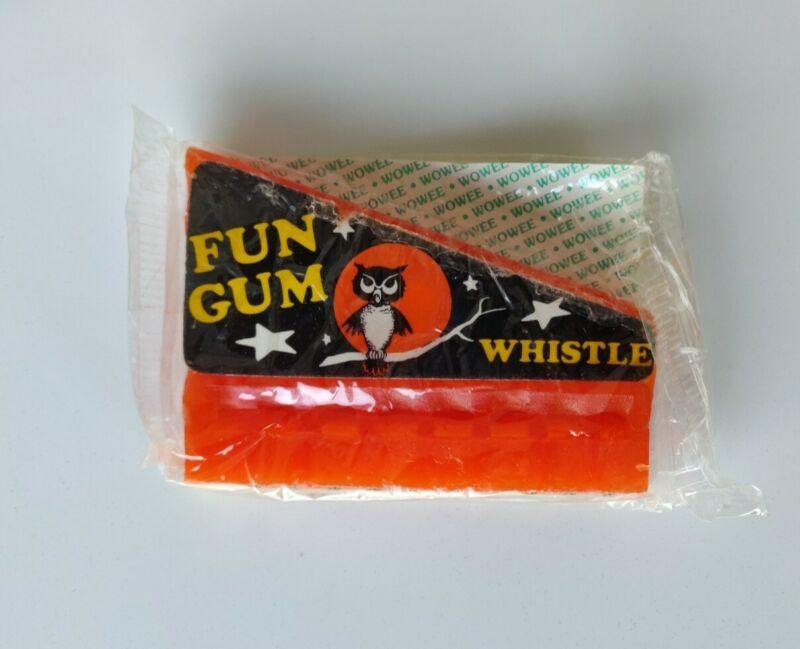 Vintage Wowee Whistle sealed wax Halloween fun gum Owl Moon