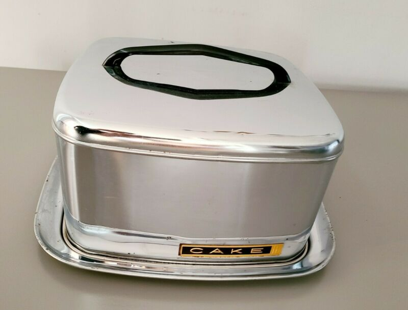 Vintage Lincoln BeautyWare Square Cake Safe Carrier with Lock on Lid Mid-century