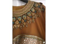 Stunning 3 Piece Indian Dress - Size 22