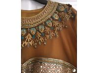 Embellished Indian 3 Piece Suit - Size 22 - £50