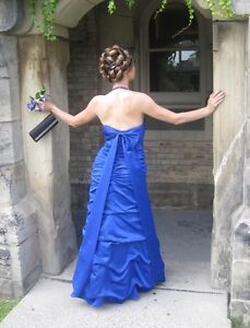 Beautiful gown, worn once, size 6/S