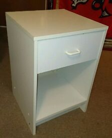 BEDSIDE CABINET - WHITE - GOOD CONDITION