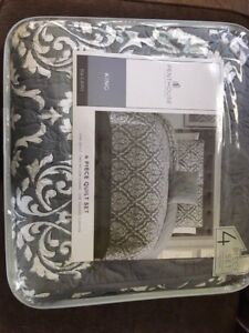 King Size Quilt - Brand New!!