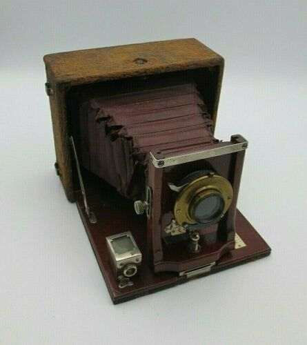 ANTIQUE CONLEY FOLDING CAMERA with WOLLENSACK OPTICAL CO. ROCHESTER, U.S.A.
