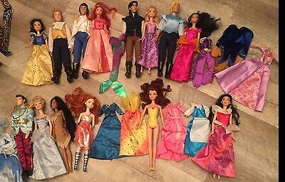 large Disney Princess and Prince lot of 14 dolls and clothes