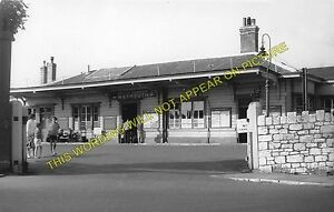 Weymouth Town Railway Station Photo. Radipole and Dorchester Line. GWR. (2)