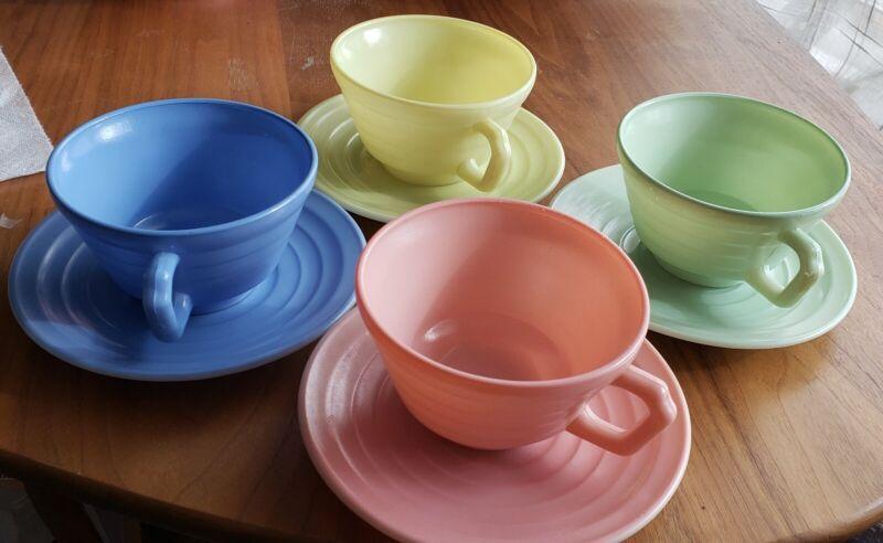 Hazel Atlas Moderntone Platonite Pastel Cup & Saucer Set of 4, 1930s 1940s