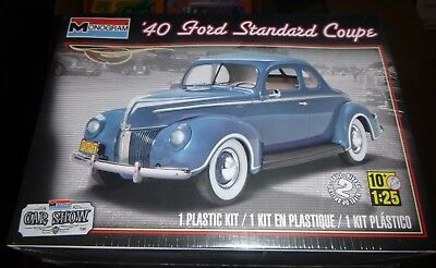 MONOGRAM 85-4371 CAR SHOW 1940 FORD COUPE STANDARD 1/25 Model Car Mountain FS