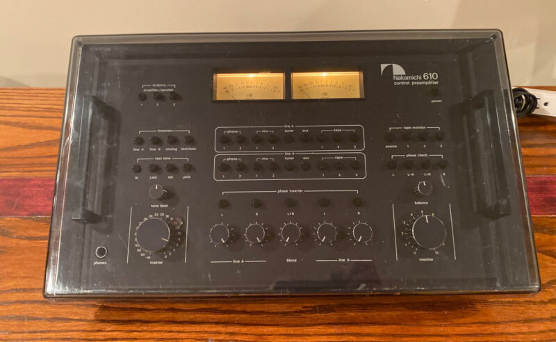 NAKAMICHI 610 PREAMPLIFIER Mega Rare BLACK + DUST COVER WORKS GREAT