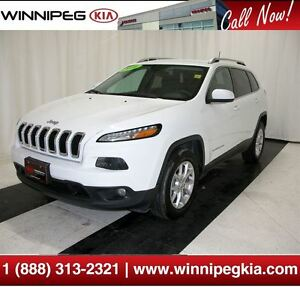 2016 Jeep Cherokee North *Cruise, Bluetooth & More!*