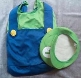 Boy's Mario and Luigi dressing up costumes size Large